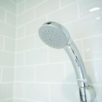 シングルルーム・ダブルルームには専用シャワーが設けられています。