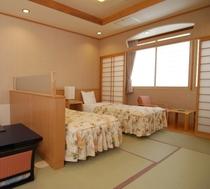 12畳の広さの和洋室