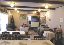 食堂とプレイルーム
