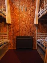 個室4名2段ベッド / PRIVATE ROOM