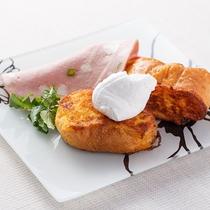 地養卵のフレンチトースト
