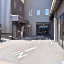 立体駐車場(完全先着順)