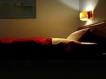 ◇全室シモンズベッド採用◇シングルベッド横