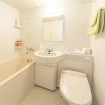 お部屋/ツインルーム|ウォシュレット付トイレ&バスルーム