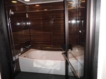 スィートツインタイプのバスルーム