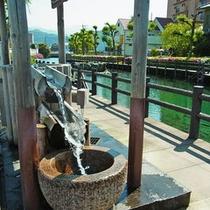 【うちぬき水】名水100選、全国一位にも選ばれた名水≪うちぬき≫。無料で汲むことができます。