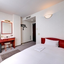 *セミダブル(客室一例)/一人旅やビジネスでのご宿泊におススメ!