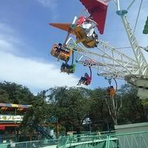 華蔵寺公園遊園地 アトラクション乗り物の中にはお財布にやさしい1回1人¥70で乗れます
