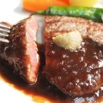 【メインディッシュ*黒毛和牛フィレステーキ】一度食べたらその美味しさが忘れられないっ♪