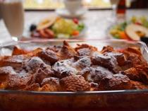 外はカリッと中はふんわり焼き立てベイクドフレンチトースト