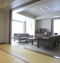 プレミアム浅間View和洋スイート・リビングと和室