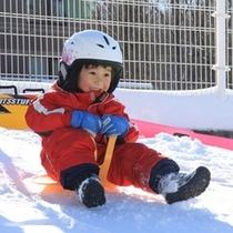 冬季限定 雪遊び広場でお子様の雪遊び初デビュー♪