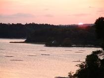 本館からの加茂湖の眺め