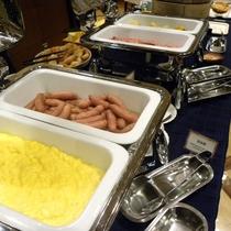 【朝食バイキング】美味しい朝食で元気な1日をスタート!!