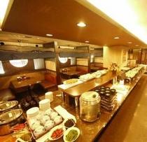 2階レストラン「花茶屋」バイキング