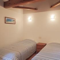 *客室/シングルベッド2台のシンプルなツインタイプ