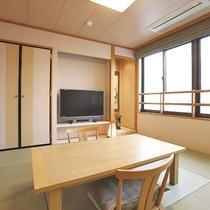 【客室一例】特別室 展望風呂付き和洋室の和室部分
