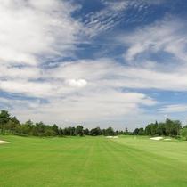 初心者からプロまで楽しめるゴルフコース