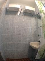 2F 洗面&シャワールーム