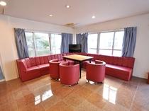 【館内】ロビー・客室ともにWi-Fi接続可能です。ロビーには自販機・TVを設置しております。
