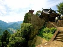 【山寺(立石寺)】松尾芭蕉が「閑さや 岩にしみ入る 蝉の声」と句で詠んだ静かで自然が美しいお寺です♪