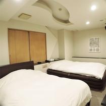 *ツインルーム一例/30平米以上あるゆったりとしたお部屋。狭いビジネスホテルが苦手な方にお勧めです♪