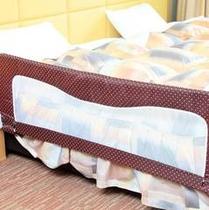 【ベビー専用ルーム】寝返りしても大丈夫!ベッドガード付き♪