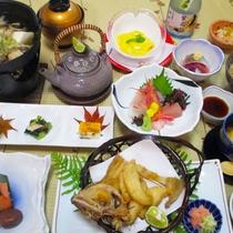 【菊御膳】旬の食材を厳選した、ボリューム控えめの和食膳