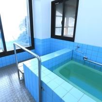 【風呂 大浴場】種子島唯一の湯治場として明治時代より親しまれてきました。