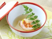 ご夕食1例 甘鯛と雲丹の蒸し物