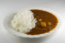 夕食のカレーライス600円