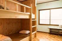 別館洋室2段ベッド+エキストラベッド