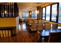 館内レストランでお食事をお楽しみください。