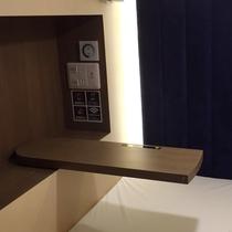 キャビンルーム スライドテーブル