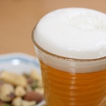 冷たく冷えたビール
