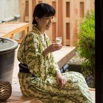 露天風呂付客室・お酒2