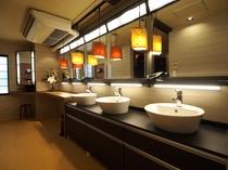 4階シャワー室