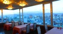 函館湾が一望 レストランからの風景