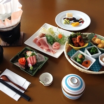 *【夕食・一例】深川の食材を使用した盛籠御膳をご堪能ください。