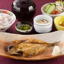 レストランメニュー「焼き魚定食」