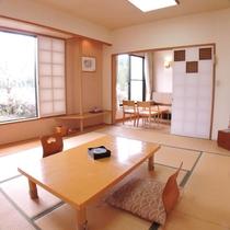 【和室10畳一例】畳のお部屋でゆっくりお寛ぎください。