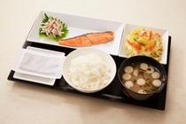 焼き鮭和定食