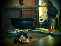 囲炉裏山賊料理