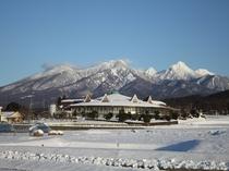 雪景色の八ヶ岳一望