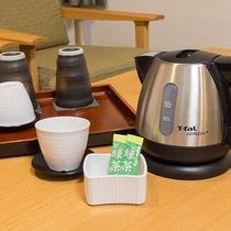 *【お部屋】お茶セットをご準備しています。