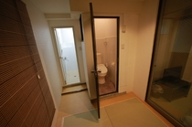 102 シャワー室 トイレ