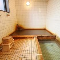 *温泉/ぬるめのラジウム源泉は、じっくり浸かることでじわじわと体の芯から温まります。