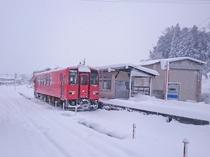 【周辺】冬のJR出雲横田駅