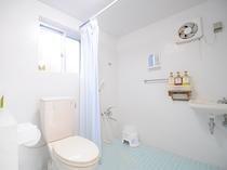 【トイレ・シャワー】お風呂はシャワーのみ(バスタブなし)となります