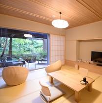 和洋室14畳+庭園デッキ「途」「巌」